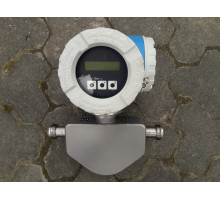 Coriolis flowmeter Endress+Hauser Promass 80E15
